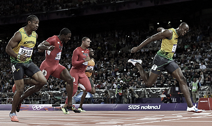 Usain Bolt wins Olympic 100m gold at London 2012